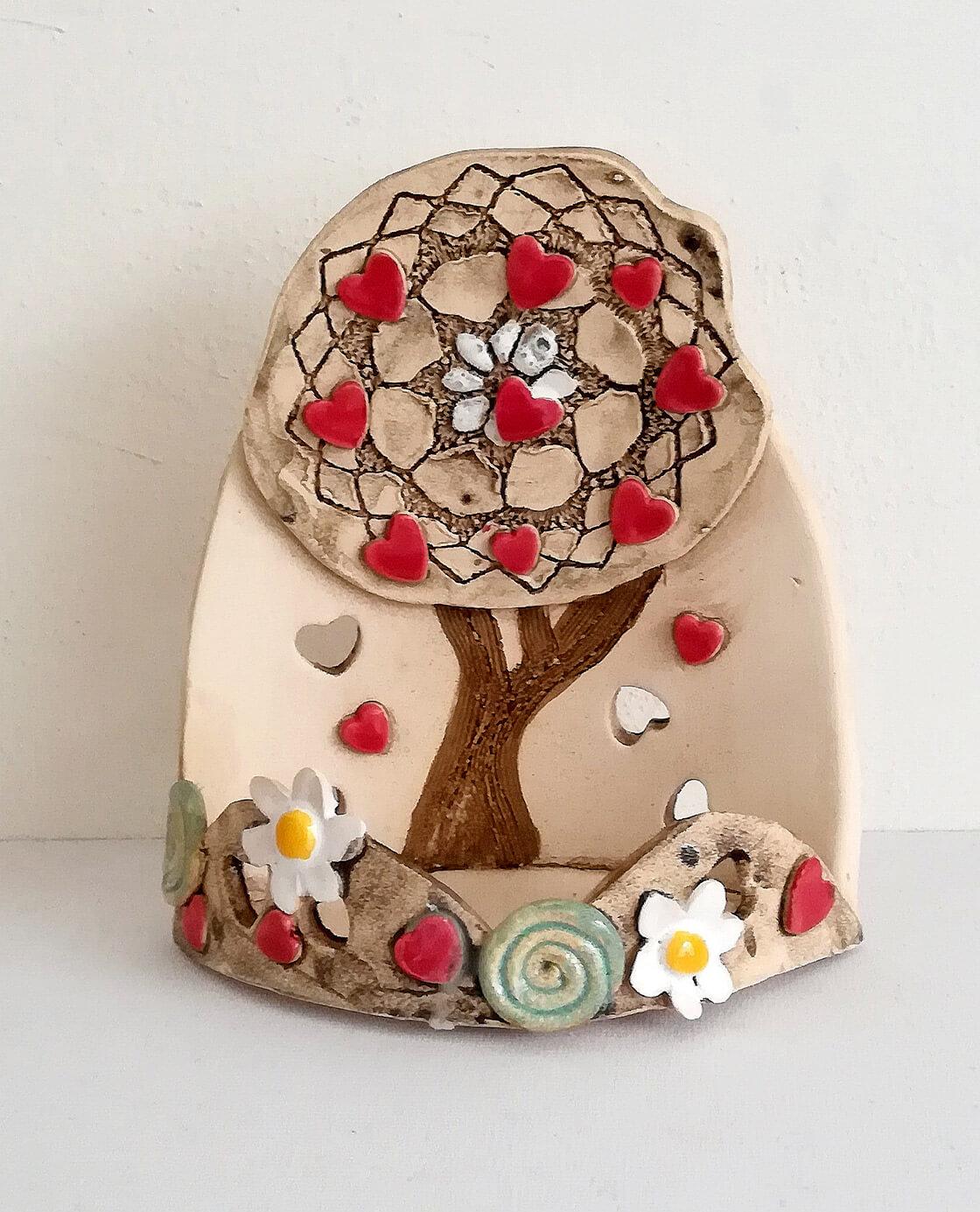 Keramický svícen ve tvaru stromu na čajovou svíčku z ateliéru Vlaďky Zborníkové